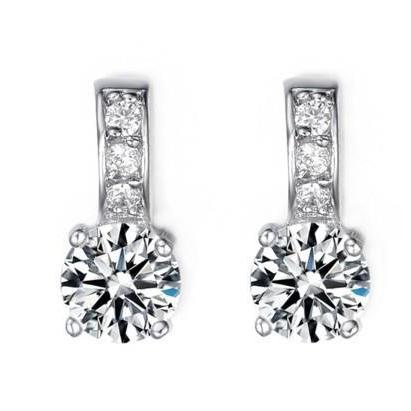 2.60Ct Sparkling Round Cut Diamonds Lady Drop Earrings Drop Earrings