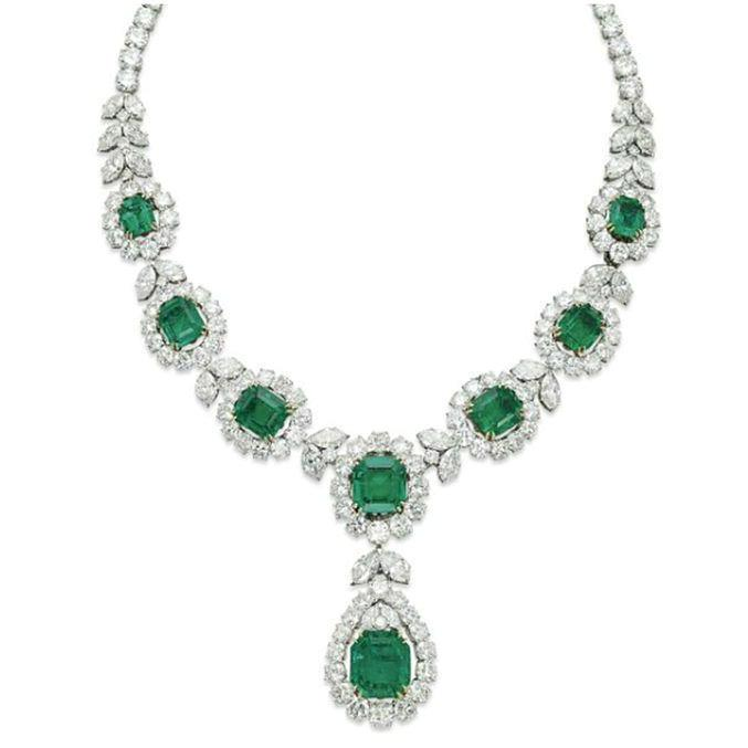 27 Ct Green Emerald And Diamond Necklace White Gold 14K Gemstone Necklace