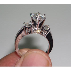 2.75 Carats Round Engagement Ring Heart Set Customized Engagement Ring