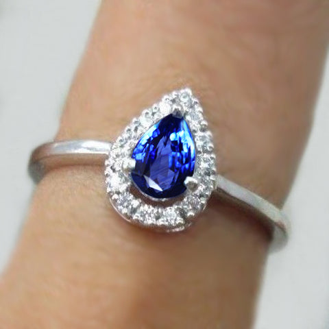1.25 Ct Pear Cut Sri Lanka Blue Sapphire Diamond Wedding Ring
