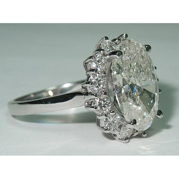 4.75 carat Big center oval diamond ring solitaire with accents
