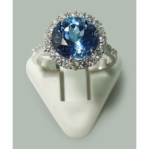 6.00 Carats Round Tanzanite And Diamonds Solitaire With Accent Ring White Gold 14K Gemstone Ring