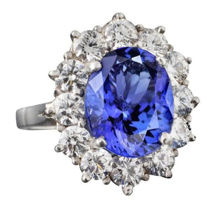 Sparkling 6.01 Carat Ring Oval AAA Tanzanite And Round Diamonds