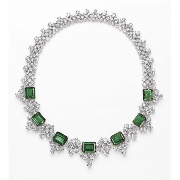 Emerald And Diamonds 30 Carats Ladies Necklace White Gold 14K Gemstone Necklace
