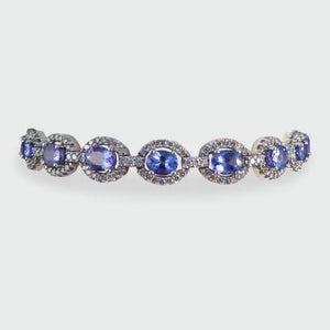 Ladies Bracelet Tanzanite And Diamonds 25 Carats White Gold 14K Gemstone Bracelet