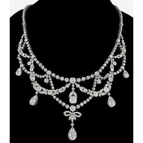 Lady Necklace With Chain White Gold 34.00 Ct Round Small Diamonds Chains Necklace