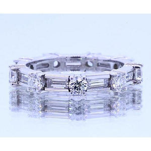 Round Diamond & Baguettes Anniversary Band 2.70 Carats Band