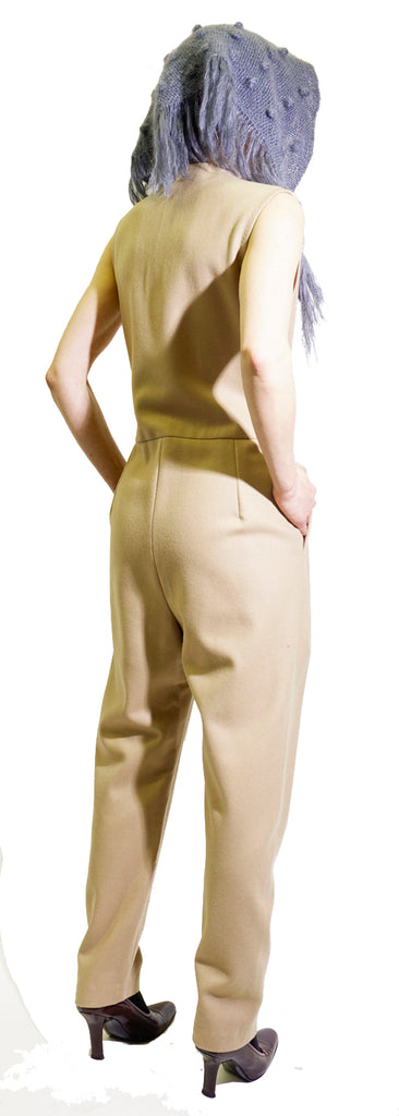 Sleeveless pantsuit with gold buttons