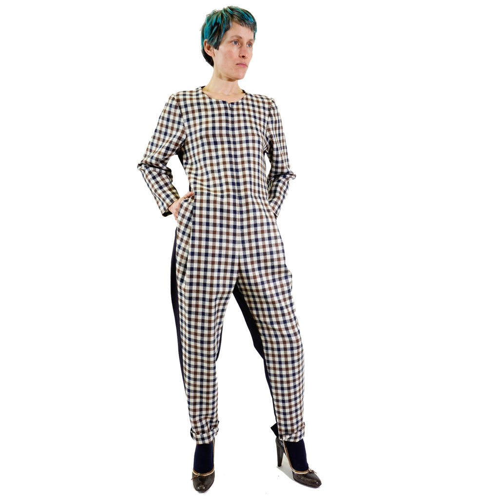 Tartan pantsuit with front zipper