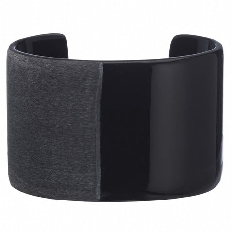 Matt and Gloss Black Cuff