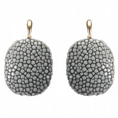 Shagreen Drop on Gold Wire, Gray