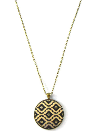 Black Print Vintage Style Pendant Necklace