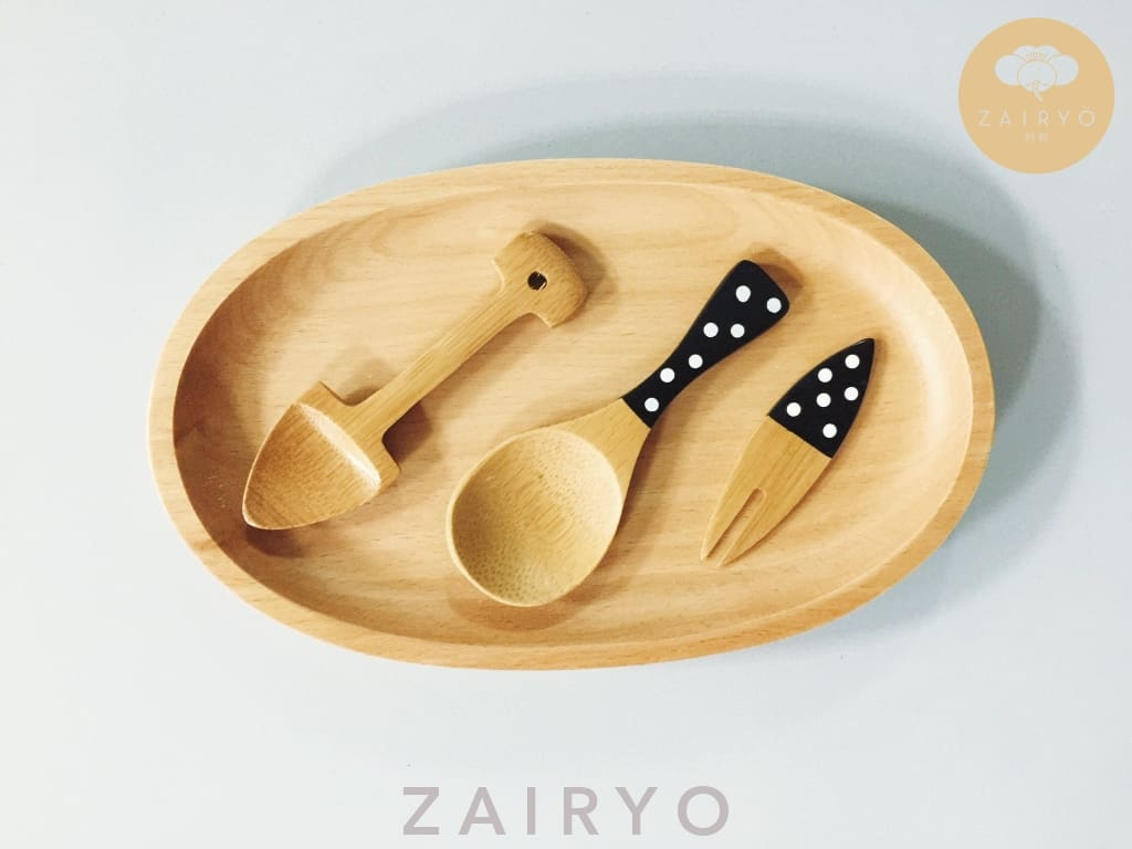 Polka Dot Tea Scoop - Tableware