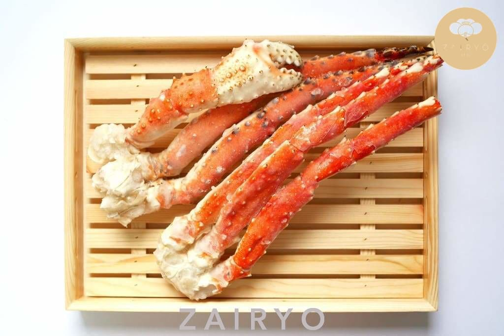 (Raw!) Alaskan King Crab Legs / Seafood