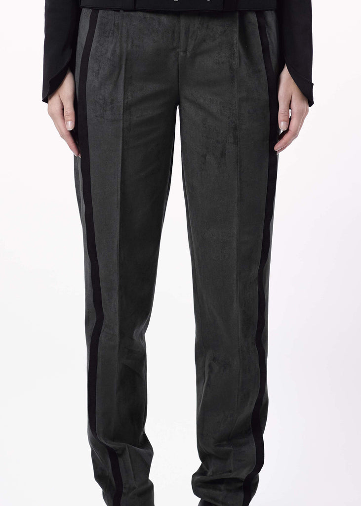 Pleated Peg Trousers