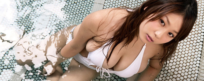 mai nishida busty asian japanese gravure idol bikini model