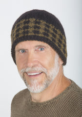 Jim Reversible Hat on model in Mocha & Tan w/ gingham checked band – James Cox Knits