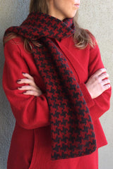 Sherlock Houndstooth Scarf (Downloadable)