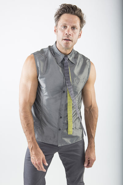 Warren Two-Tone Tie on model in Spring Green & Charcoal – James Cox Knits