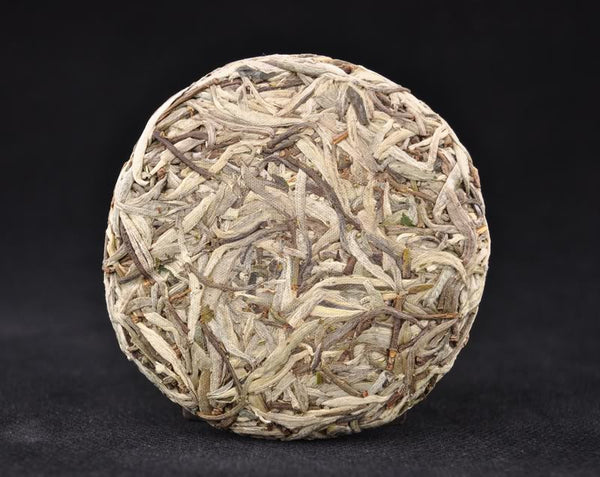 "2012 Yunnan Sourcing ""Silver Needle Cake"" Raw Pu-erh Tea"