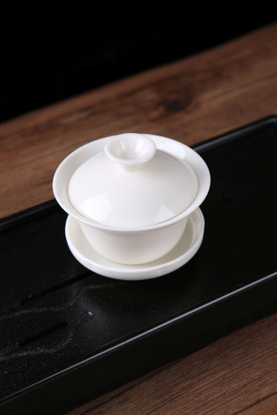Classic White Porcelain Gaiwan with Yunnan Sourcing Logo * 85ml