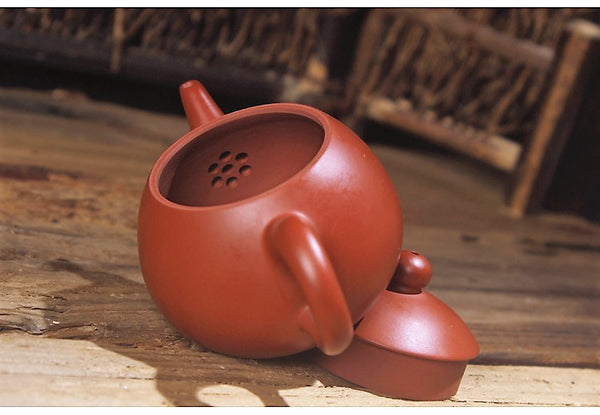 "Chaozhou Hong Ni ""Dragon Egg"" Clay Teapot by Zhang Lin Hao"