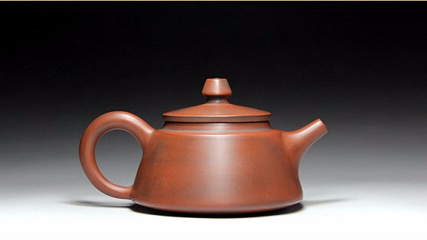 "Qin Zhou Clay Teapot ""Ba Wang Hu"" by Hu Ying Jia * 180ml - Yunnan Sourcing Tea Shop"