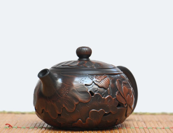 "Jian Shui Clay ""Hollow Lotus"" Teapot by Wang Yan Ping * 200ml"