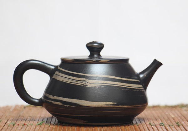 "Jian Shui Clay ""Black and White Swirl J15"" Shi Piao Teapot by Yao Yun Chao"