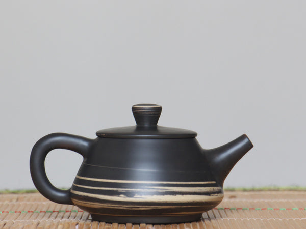 "Jian Shui Clay ""Black and White Swirl #S5"" Shi Piao Teapot by Li Wen Xue * 200ml"