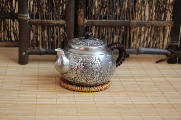 "Pure Silver 999 ""Eight Immortals Cross the Sea"" Teapot * 210ml"