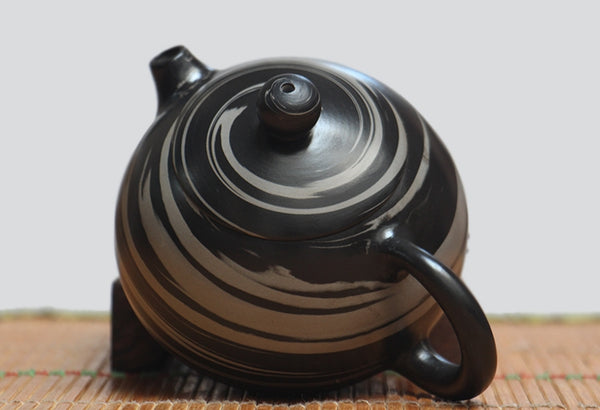 "Jian Shui Clay ""Black and White Swirl 2#"" Xi Shi Teapot by Yao Yun Chao"
