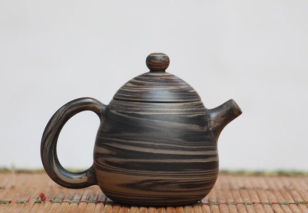 "Jian Shui Clay ""Jiao Ni Dragon Egg 1#"" Teapot by Wang Yan Ping * 90ml"