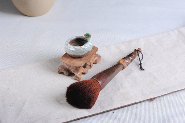 "Hand-Made ""Bos Taurus Horn"" Horse Hair Brush"