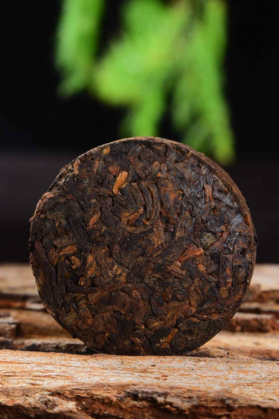 "2020 Yunnan Sourcing ""Yong De Blue Label"" Ripe Pu-erh Tea Mini Cakes"
