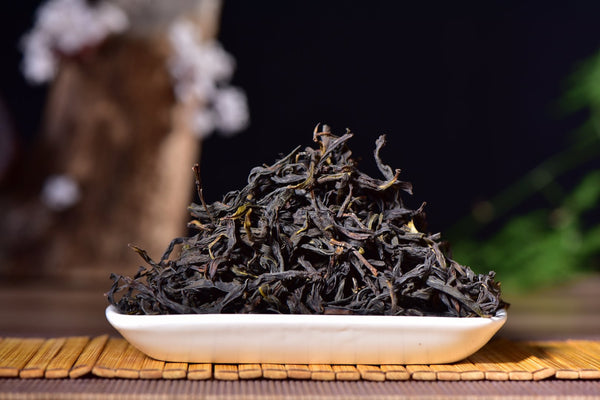 "Snowflake ""Gui Hua"" Osmanthus Winter Harvest Dan Cong Oolong Tea"