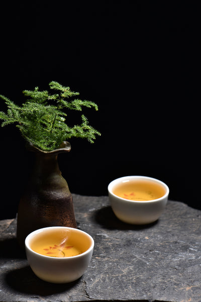 "2017 Yunnan Sourcing ""Autumn Bai Hua Di Village"" Raw Pu-erh Tea Cake"