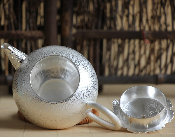 "Pure Silver 990 ""Cherry Blossoms"" Teapot * 200ml"