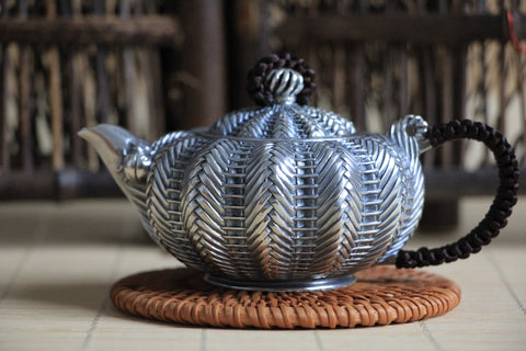 "Pure Silver 999 ""Knit"" Teapot * 155ml"