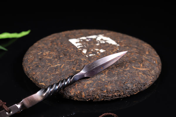 Twisted Handle Damascus Steel Pryer for Pu-erh Tea