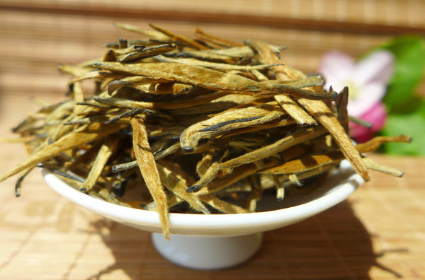 Honey Aroma Golden Needle Yunnan Black Tea