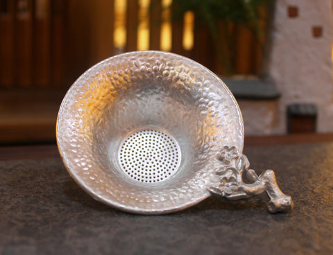Plum Blossoms Tin Strainer for Gong Fu Cha