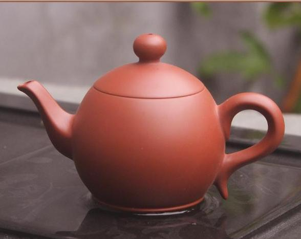 "Chaozhou Hong Ni ""Long Xian"" Clay Teapot by Zhang Lin Hao"