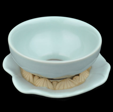 "Ru Yao Celadon ""Lotus Petals"" Strainer on Stand"