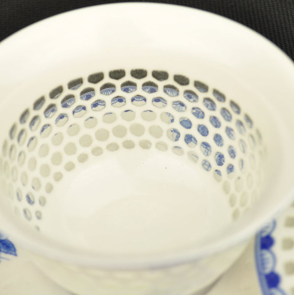 Blue and White Hexagonal Rice Grain Porcelain Gaiwan