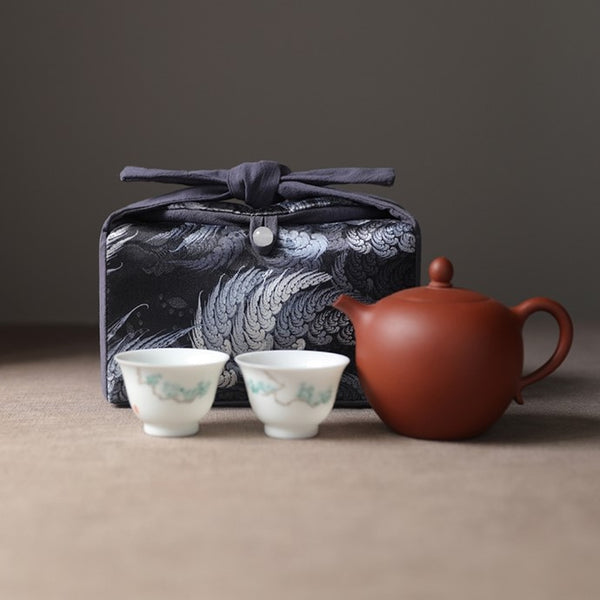 """Wings and Wind"" Cloth Carrying Case for Teapot & Cups"