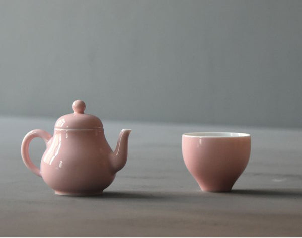 "Jingdezhen Porcelain ""Flared Pink Cup"" * 90ml"