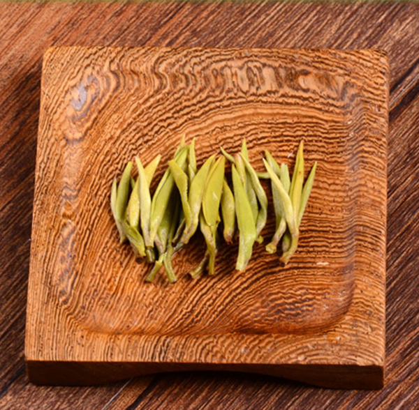 """Yu Luo"" High Mountain Pure Bud Green Tea * Spring 2018"