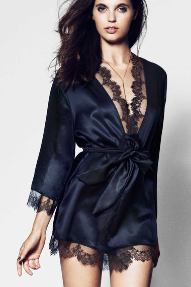 Edge o' Beyond combine black, pure silk and Chantilly Leavers lace to create Karis kimono, a nightwear or loungewear piece which matches the lingerie brand's underwear range.