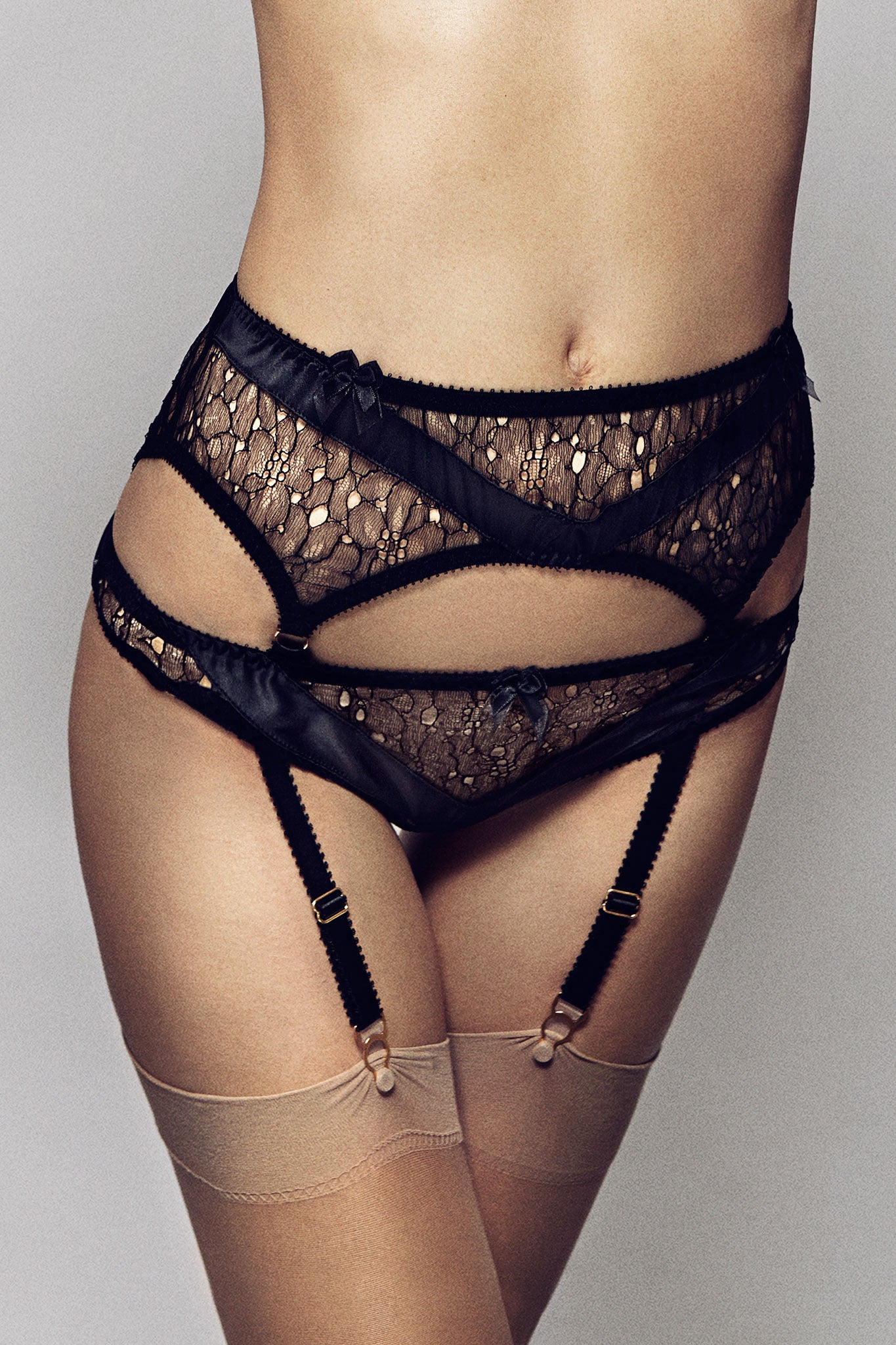Lyvie Suspender